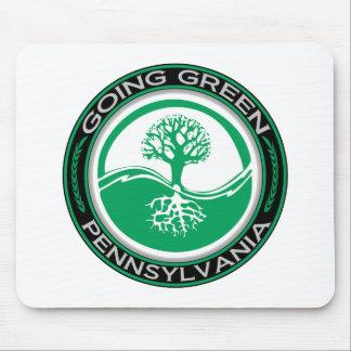 Árbol verde que va Pennsylvania Alfombrillas De Raton