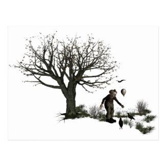 Árbol viejo del payaso del globo y pájaros negros postal