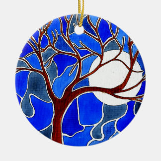 Árbol y luna en la lona - azul adorno redondo de cerámica
