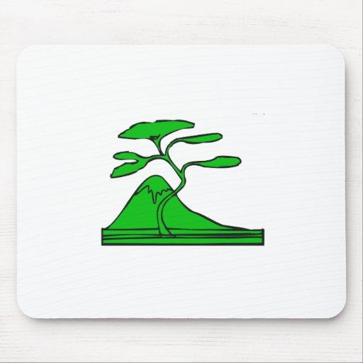 árbol y montaña green.png tapete de ratón