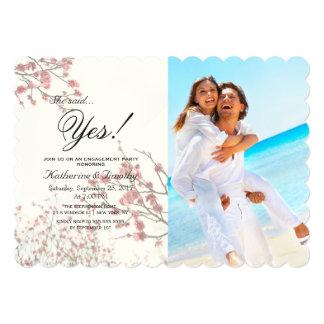 """Árboles bonitos de la flor de cerezo en blanco invitación 5"""" x 7"""""""