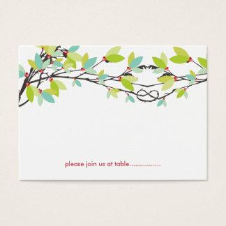 Árboles de amor anudados primavera que casan la tarjeta de negocios