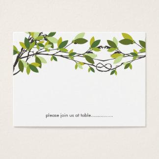 Árboles de amor anudados verano que casan la tarjeta de negocios