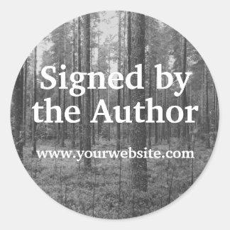 Árboles de B&W firmados por los pegatinas del Pegatina Redonda