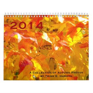 Árboles de la caída del otoño, pájaros, ardillas e calendario