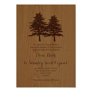 """Árboles de la conífera en el boda marrón de madera invitación 5"""" x 7"""""""