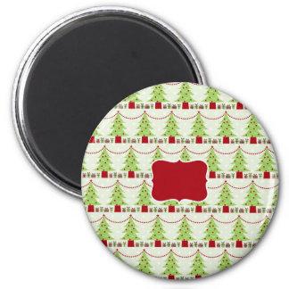 Árboles de navidad, guirnalda, regalos imán redondo 5 cm