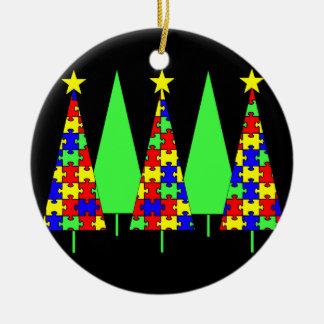 Árboles de navidad - rompecabezas adorno redondo de cerámica