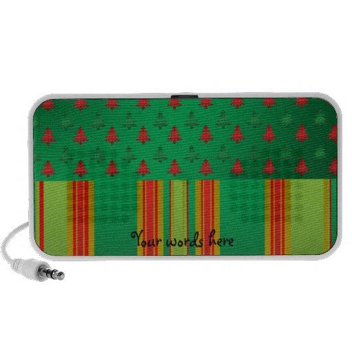Árboles de navidad verdes rojos en rayas verdes laptop altavoz