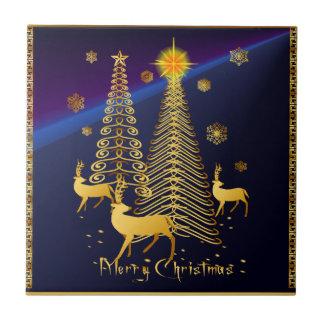 Árboles de navidad y reno del oro azulejo cuadrado pequeño
