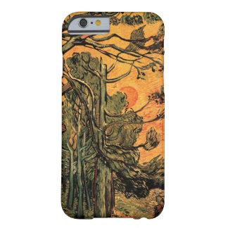 Árboles de pino de Van Gogh contra el sol poniente Funda Barely There iPhone 6