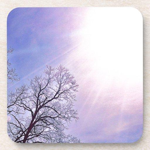 Árboles del invierno y un arte estacional frío de  posavasos
