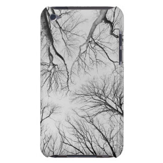 Árboles deshojados en la madera de Thiepval Case-Mate iPod Touch Carcasa