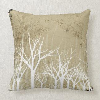 Árboles desnudos del invierno almohadas
