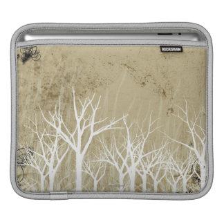 Árboles desnudos del invierno mangas de iPad
