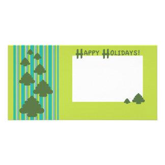 Árboles en rayas con el fondo verde claro tarjetas personales