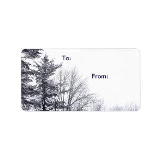 Árboles nevados: Etiqueta horizontal del regalo Etiquetas De Dirección