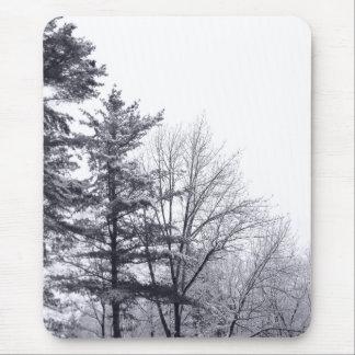 Árboles nevados: Vertical Mouse Pads