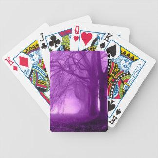 árboles púrpuras barajas