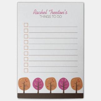 Árboles retros de la caída para hacer la lista notas post-it®