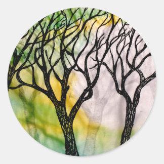 Árboles tallados mano en el papel de arroz pegatina redonda
