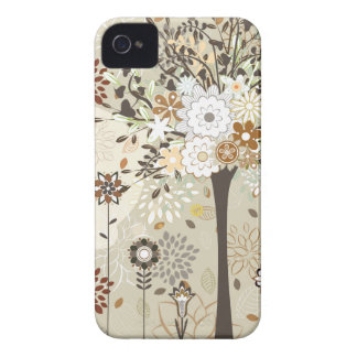 Árboles y caso caprichosos del iphone 4 de las iPhone 4 coberturas