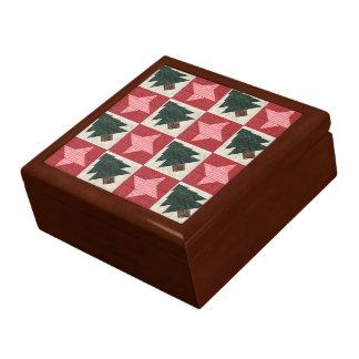 Árboles y estrellas acolchados de pino cajas de regalo