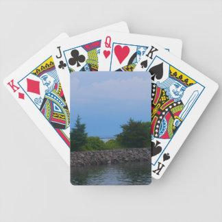 Árboles y naipes de la bicicleta del lago cartas de juego
