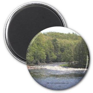Árboles y río Imán-Superiores de Nueva York Imán Redondo 5 Cm