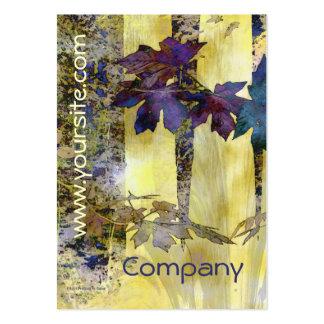 Árboles y tarjeta de visita abstractos de las hoja