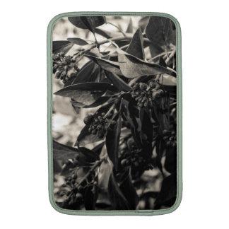 Arbusto blanco y negro 11 manga de aire de MacBoo Fundas Para Macbook Air