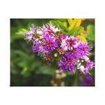 Arbusto floral púrpura impresiones en lienzo estiradas