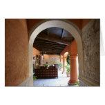 Arcada al patio en San Miguel de Allende Felicitación
