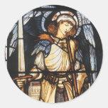 Arcángel del vintage, San Miguel de Burne Jones Etiquetas Redondas
