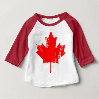 Arce de la bandera de Canadá del Grunge - rojo Playera De Bebé