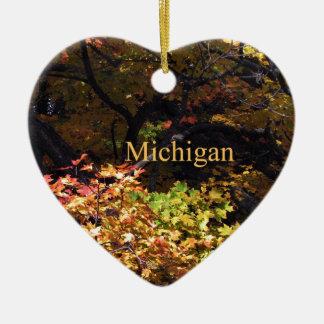 Arces del otoño de Michigan Adorno De Navidad