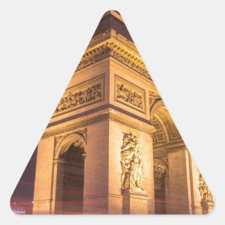 arch de triomphe en París, Francia en la noche Pegatina Triangular