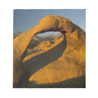 Arch in Alabama Hills Eastern Sierras near Lone Notepad