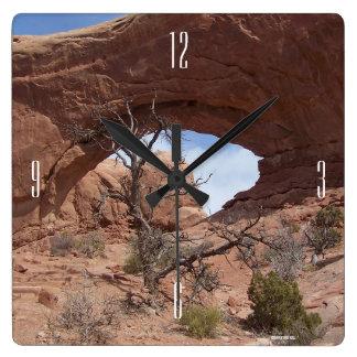Arch look through clock