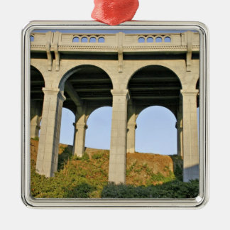 Arched supports Patterson Memorial Bridge Ornaments