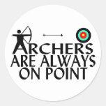 Archers en punto pegatinas redondas