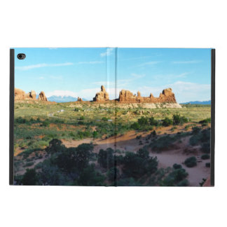 Arches National Park from a distance Powis iPad Air 2 Case