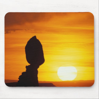 Arches National Park, UT Balance Rock at Mouse Pad