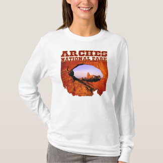Arches National Park Women's Long Sleeve Tee Shirt