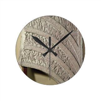 Architrave de una entrada, piedra arenisca roja, M Reloj Redondo Mediano