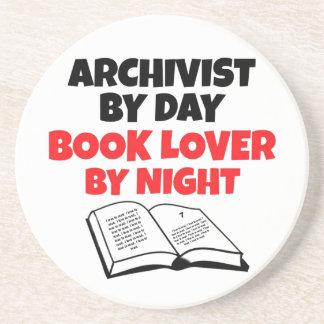 Archivista del aficionado a los libros posavasos manualidades