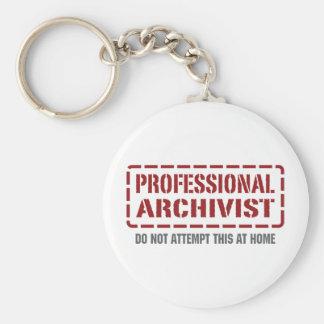 Archivista profesional llavero redondo tipo pin