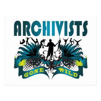 Archivistas idos salvajes postal