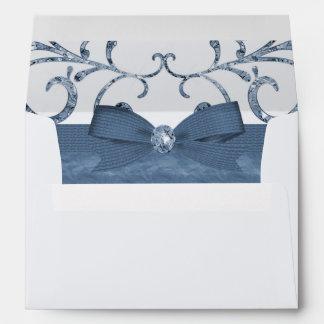 Arco azul de los remolinos del pastel y del sobres