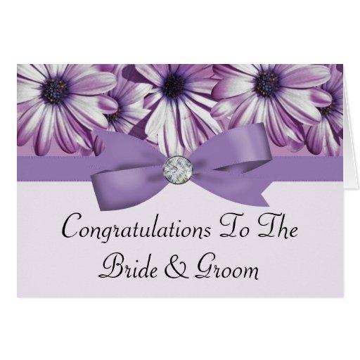 Arco de las margaritas de la lavanda y boda de la  tarjeta